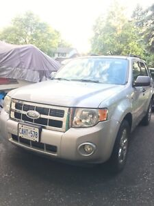 2008 Ford Escape 4X4 NEED GONE