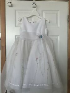 Robe d'occasion pour fille