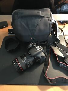 Selling Canon T3i with 24-105 F4 L IS lens