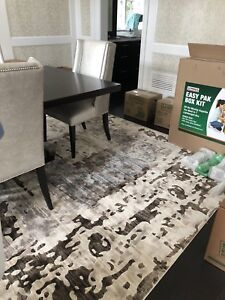 Area rug - grey/tan/brown - brand new condition