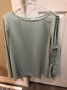 EUC Wilfred from Aritzia Blouse