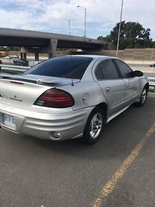 Silver 2004 Pontiac Grand Am