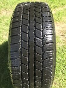 Winter tires (4) perfect condition (225/60/16)