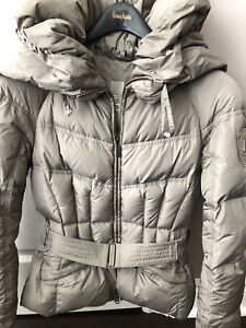 Down jacket. Size XS. Very warm and lightweight.