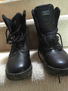 Magnum stealth force boots. Size 9.5