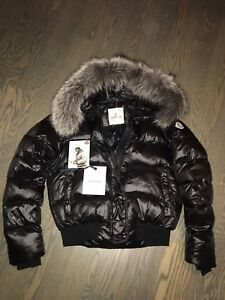 Moncler Womens Down Jacket SIZE 4