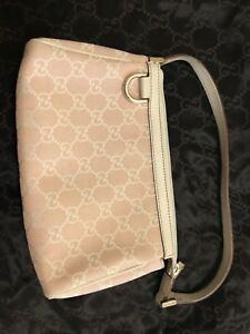 Authentic Gucci D Ring purse wristlet pink canvass