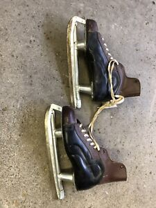 Vintage Skates from Eatons of Canada, NHL approved