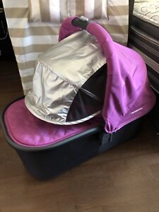 2015+ uppababy vista bassinet and adapters!!