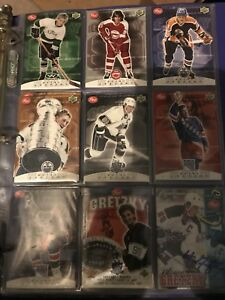 Post hockey cards in cellophane