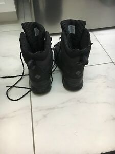 Columbia Men's Winter boots (size 10)