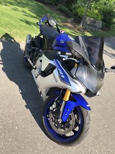 2015 YAMAHA R1 (YZFR1) MINT COND VERY LOW KMS