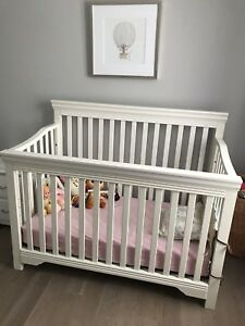Baby Crib Angelcare Video Monitor Combo