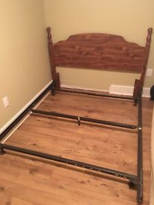 Vintage Wooden Bed Frame (Queen)