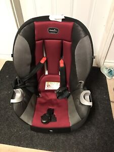 Evenflo Triumph XL car seat