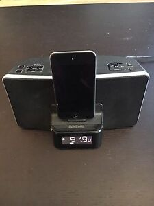 Base stéréo pour iphone