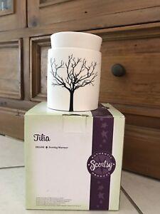 Scentsy Deluxe Tilda Warmer Decorative Accessories Gumtree