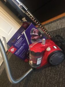 DirtDevil Featherlite Canister Vacuum (Great Condition)