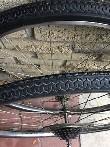 "27x1.25"", 5-speeds wheel set with Tires and tubes in very good"