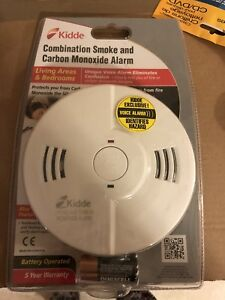 Smoke alarm carbon monoxide detector