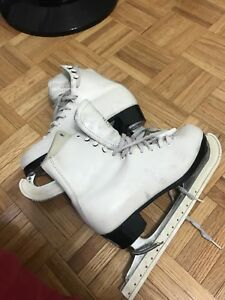 ICE SKATES WOMEN  - figure skates