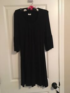 Size small women's casual dress