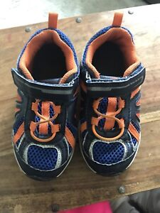 Toddlers Size 10 Sneakers 2 Pairs