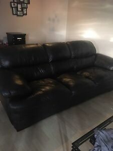 Leather couch $400 OBO