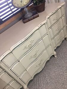 Andrew Malcolm French Provincial Dresser w/Mirror