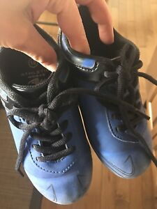 Soccer cleats size 10 kids