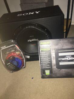Sony Xplōd 1800w Sub + Fusion 1200w Amp + Wiring Kit