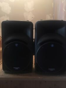 Mackie SRM450 Active Speakers (2) w/Stands & Power Cables