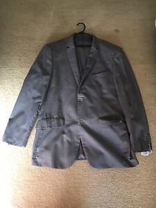 Grey suit 46R Stoneville Mundaring Area Preview