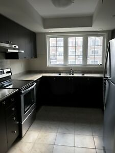 4 Bedroom townhouse for rent in Oshawa near UOIT/DC