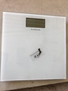 Electronic bathroom scale Bateman Melville Area Preview