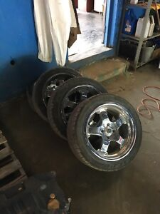 Mags tires Ford Mustang