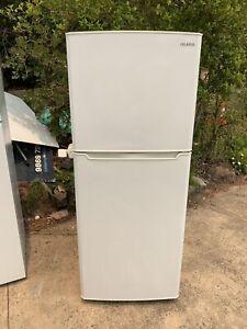 Sumgung 400L fridge in good working condition