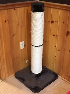 Large Cat Scratch Tower