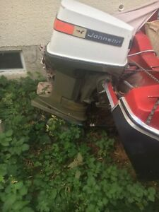 Boat & 85horseower outboard /trailer