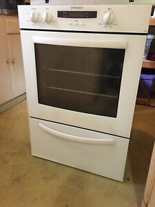 Westinghouse Oven (used very few times) Hornsby Hornsby Area Preview