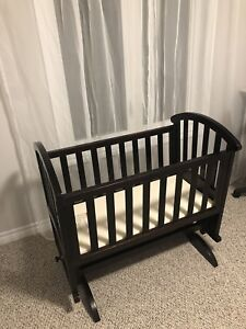 Solid wood Baby Cradle Crib with mattress