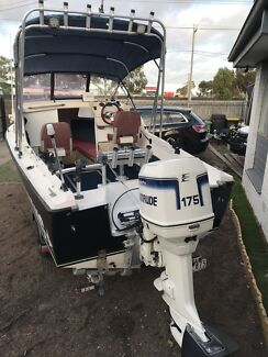 1996 mustang 18ft good condition evinrude engine 175hp