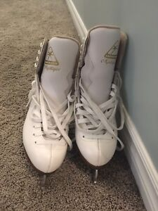 Ladies Size 7C Jackson Mystique Figure Skates