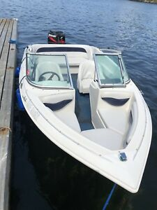 Tempest 165 Sport Bowrider with swing tongue trailer