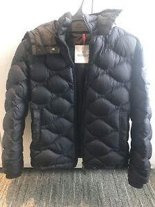 Moncler Morandieres Men's down coat size 1 /small