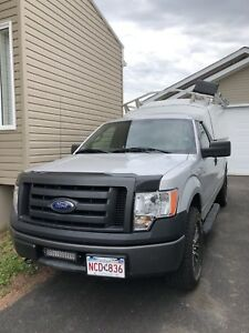 2011 Ford F-150 ( very low mileage)