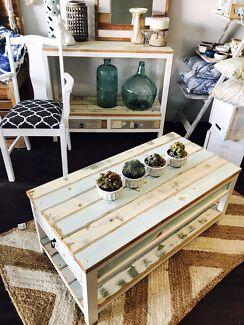 Stunning brand new Hampton style coffee table