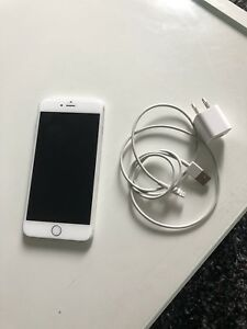 Mint Condition iPhone 6 Plus 16GB (FACTORY UNLOCKED) + Charger