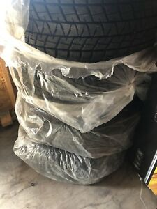 275/50/22 winter tires Bridgestone like new used only for 2000km