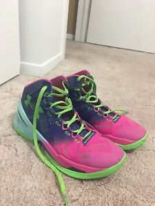 Curry 2's basketball sneakers